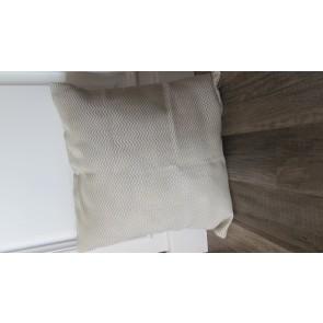 Vankúš krémový s keprovým vzorom 40x40cm